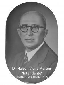Foto de Dr. Nelson Vieira Martins (Intendente)